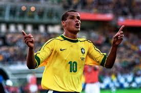rivaldo gol - Rivaldo: l'umile che conquistò il mondo